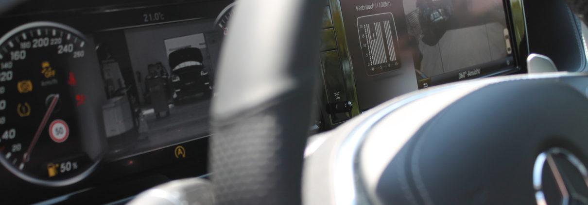 Bild für die Inspektion und Wartung an Mercedes Fahrzeugen in Berlin | AUTOSCHMIEDE ®